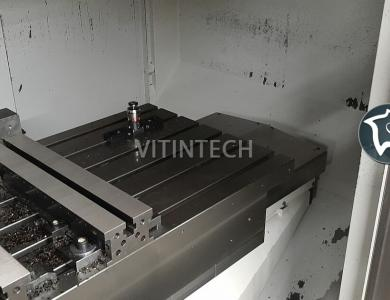 4-осевой вертикально-фрезерный обрабатывающий центр с ЧПУ Spinner VC 1150-10