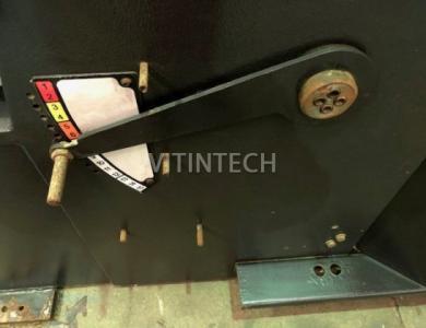 Гильотина Amada GS II 630 с пневматическими задними опорами для листов