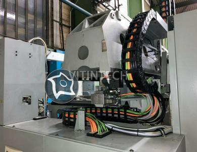 Универсально-фрезерный станок с ЧПУ Deckel Maho DMU 70