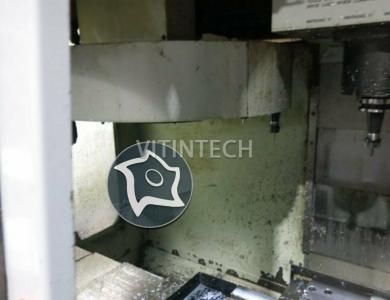 Вертикально-фрезерный станок с ЧПУ Haas VF 2