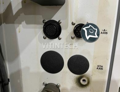Вертикально-фрезерный станок с ЧПУ HAAS VF 4 SS