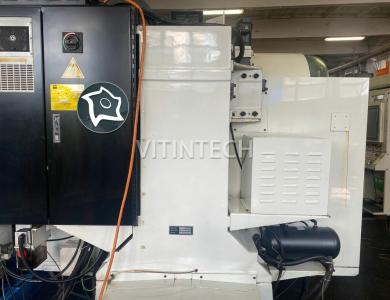 Вертикально-фрезерный станок с ЧПУ HURCO VM 2