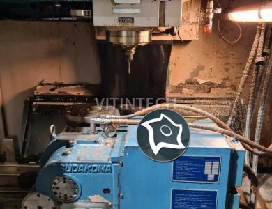 Вертикально-фрезерный станок с ЧПУ MATSUURA MC-800 VF
