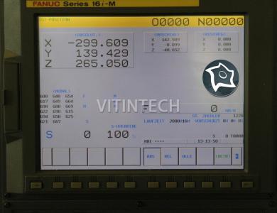 Вертикально-фрезерный станок с ЧПУ Stama MC 014