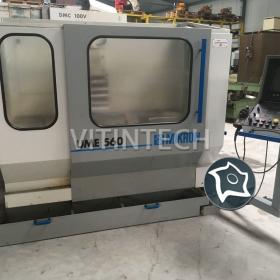 Универсально-фрезерный станок с ЧПУ MIKRON UME 560